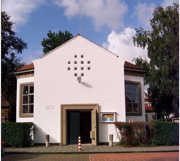 Het witte kerkje in Maassluis